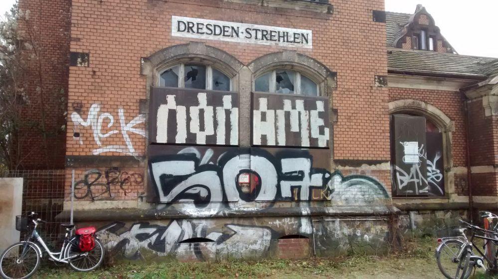 dd_16_oskarstrasse_bahnhof_strehlen